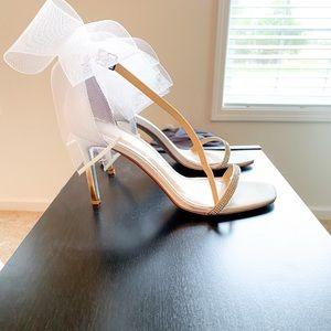 Blue by BetseyJohnson bow heel
